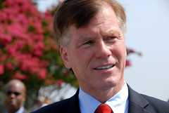 Governor Bob McDonnell (ONE/MILLION) Tags: money true court photo flickr fb no yes politics bob gifts governor wife judge politician government law enforcement federal share false charges mcdonnell indictment mcdonnel onemillion williestark