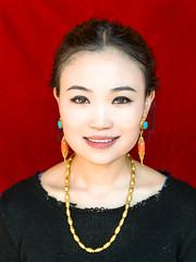 PP-7421.jpg (Ding Zhou) Tags: china portrait food daughters meinu qinghai drup tongren tibetannewyear tibetanhome tibetfood tibetminorities gr8rx 20140223 huangnanxian