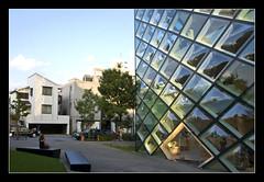 Prada building, Aoyama @Tokyo, Japan (brunombo) Tags: travel building glass japan square tokyo pentax piazza aoyama tamron prada palazzo viaggio giappone vetri tamronaf18250mmf3563diiildasphericalifmacro justpentax