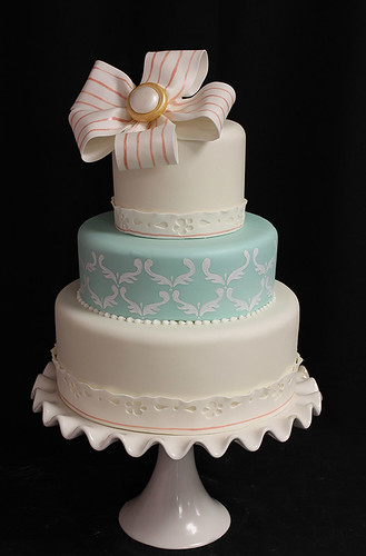 Fondant Fabric Bow Vintage Wedding Cake