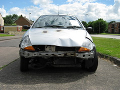 2002 FORD 1299cc KA YS52DDE (Midlands Vehicle Photographer.) Tags: 2002 ford abandoned car crashed leicester vehicle damaged ka dumped 1299cc ys52dde
