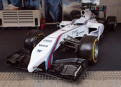 Williams FW36, Goodwood, Festival of Speed 2014 (Hammerhead27) Tags: white car race williams stripes martini grandprix driver fos 77 goodwood 2014 merceds formual1 bottas goodwoodfestivalofspeed2014