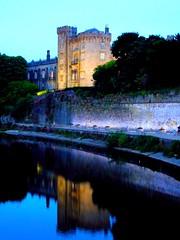 Kilkenny Castle (David_Blair) Tags: kilkenny ireland republicofireland castle landscape nightlandscape night reflection river trees