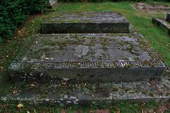 Friedhof Hemmingen 001 (michael.schoof) Tags: friedhof grabmal