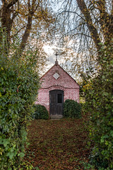 The Chapel (w.lichtmagie) Tags: hdr herbst lightroom photoshop cc canonefs1585 kapelle ngc
