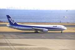 JA8288 Boeing B763 HND 02Dec2012 (Citation Ten) Tags: ja8288 b763 ana hnd