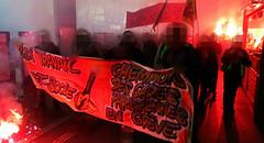 cheminots des gares parisiennes en grève (Doubichlou14) Tags: manifestation rassemblement paris france printemps été 2016 insurrection anticapitaliste loi law travail work pueblo peuple decret socle cheminot des gares parisiennes en greve strike sncf protest political art democracy social change anticapitalism