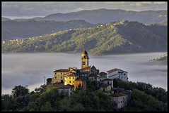 Montedivalli- Chiesa 02 (Rikspix1) Tags: italy village misty weather sunrise