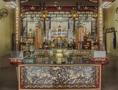 Kuala Lumpur. 2016 (EnricAndDestroy) Tags: asia kl kualalumpur malaisia malaysia colors tao temple religion architecture arquitectura simetria symmetry chinese nikon nikond5100 building indoor