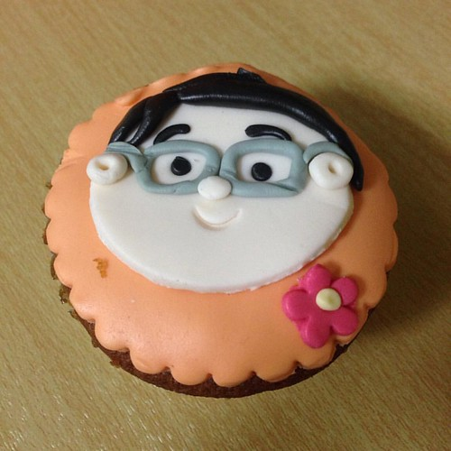 it's me. on cupcake. 🍰