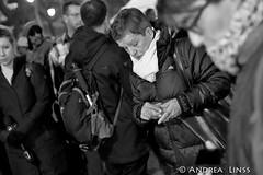 paris.... (andrealinss) Tags: frankreich france paris andrealinss bataclan wiedererffnung gedenken terror sting schwarzweiss street streetphotography streetfotografie bw blackandwhite