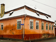 Corner of Bisericii and Rareș (Raoul Pop) Tags: snowfall winter rooftiles medias city pubrp windows fall structure snow sidewalk waterspout house roof architecture wet historic corner transilvania romania ro relief