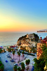 Tramonto sul mare - Tropea - Santa Maria dell'Isola (mariasabatino) Tags: nikon photo bestsunset wonderful tramontiitaliani isola sea tramonto followme follow mare vibovalentia calabria tropea italy italia sunset
