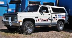 B952 HEG (Nivek.Old.Gold) Tags: 1985 chevrolet c10 silverado pickup plastic canopy 5000cc magamerican bishopsstortford