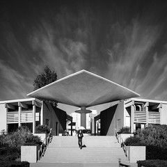 Mesa College (Chimay Bleue) Tags: mesa college campus building entry entrance canopy architecture architect design brutalist brutalism administration modernist modernism concrete architectural black white bw frank hope san diego