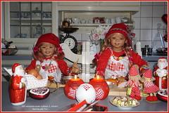 Kindergartenkinder backen Plätzchen zum 2. Advent (Kindergartenkinder) Tags: dolls himstedt annette kindergartenkinder kind sony ilce6000 sanrike tivi advent