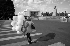 Portrait, Bishkek Kirghizistan (mafate69) Tags: asia asie asian asiecentrale centralasia city candid street streetshot portrait photoreportage photojournalisme photojournalism rue reportage documentaire documentary ville mafate69 nb noiretblanc streetlevelphoto urban urbain sovietstyle sovietic kirghizstan kirghizistan bishkek bichkek balloon ballon monument