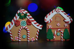 Gingerbread Houses (cuppyuppycake) Tags: gingerbread houses candy ornament christmas decoration macro tiny miniature sweets cute holiday