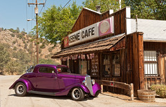 Purple car at the Keene Cafe (Photosuze) Tags: california cars rural vintage purple historic grill keene automobiles smalltowns kerncounty keenecalifornia