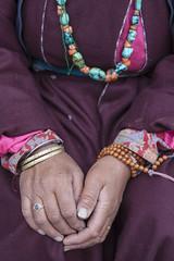 Hands - Ladakh - India - Sylvain Brajeul  (Sylvain Brajeul) Tags: voyage travel woman india collier necklace hand purple femme main bracelet himalaya ladakh 2012 inde hemis ladakhi sylvainbrajeul