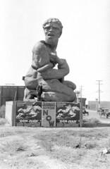 Washington and Adams (jericl cat) Tags: sculpture man history statue race vintage movie photo washington losangeles theater silent adams theatre snapshot egyptian races kneeling prop chariot 1926 grauman benhur