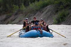 Anglų lietuvių žodynas. Žodis rafts reiškia plaustai lietuviškai.
