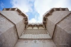 Torres de Serrans (Vctor Gutirrez Navarro) Tags: door valencia wall puerta civil historia torres gtico