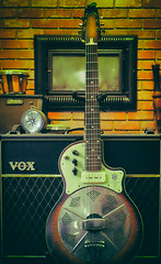 Good Combo (jolom) Tags: guitar amplifier nationa vox resolectric