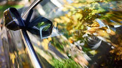 Audi (romain_castellani) Tags: sigma50mmf14dghsmart sigma nikon d750 c1 audi voiture car technologie technology automne autumn france gard reflection reflets vitre glass jeune yellow vert green volant wheel dof