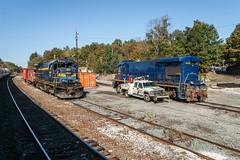 ESPN B-Boats (sullivan1985) Tags: newyork ny railroad railway train locomotive espn eastpenn campbellhall yard b307 b237 ge generalelectric southernpacific espn7811 espn5114 freight freighttrain