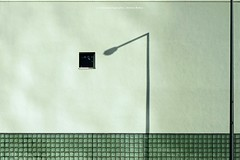 NACHBARSCHAFTLICHER DIALOG (rolleckphotographie) Tags: architecture architektur facade fassade fenster window sony simplicity stefanrollar urban schatten shadow minimal minimalism ilce7m2 a7ii rolleckphotographie cologne kln