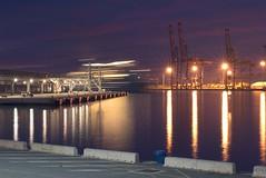 Terminal de cruceros, puerto de Málaga (Costero2010) Tags: atraque crucero gruas contenedores