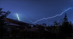 Lightning and thunder (jyleroy) Tags: orages tempêtes éclairs canon eos 700d rebel t5i nationalgeographicgroup ngc