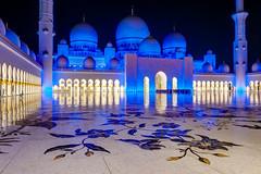 Abu Dhabi - Sheikh Zayed Grand Mosque (4) (Karsten Gieselmann) Tags: 1240mmf28 abudhabi architektur asien blau blauestunde em5markii exposurefusion farbe gelb gold mzuiko microfourthirds olympus reise sakralbauten sheikhzayedgrandmosque vae architecture blue color golden kgiesel light m43 mft travel yellow vereinigtearabischeemirate photomatix