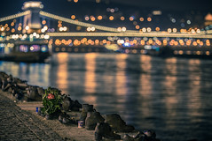Shoes on the Danube (Vagelis Pikoulas) Tags: shoes danube river hungary europe budapest chains chain bridge canon 6d tamron 70200mm vc bokeh night longexposure november autumn 2016 travel