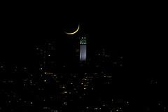 Crescent Moon (Bob Nastasi) Tags: crescentmoon moon sanfrancisco coittower 2016 california d800e bobnastasi