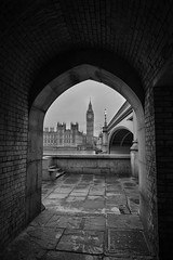 Arched (ClareC79) Tags: 100xthe2016edition image48 48100 canon canon5dmkii canon1740mmf4 london bigben housesofparliament westminster archway arch architecture bw