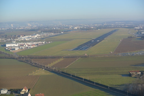 RWY 08 Linz Airport