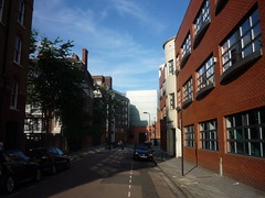 wilton way e8 looking east, 2013-06-16, 18-56-35 (tributory) Tags: road street london public highway pedestrian east housing hackney narrow eastlondon overshadow sociallandlord
