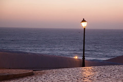 minimal (bavarianview) Tags: sunset portugal water geotagged wasser europa europe sonnenuntergang sundown time lisboa eu atlantic bluehour ericeira zeit prt atlantik blauestunde pobral