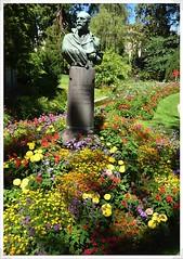 10-statue vermenouze V