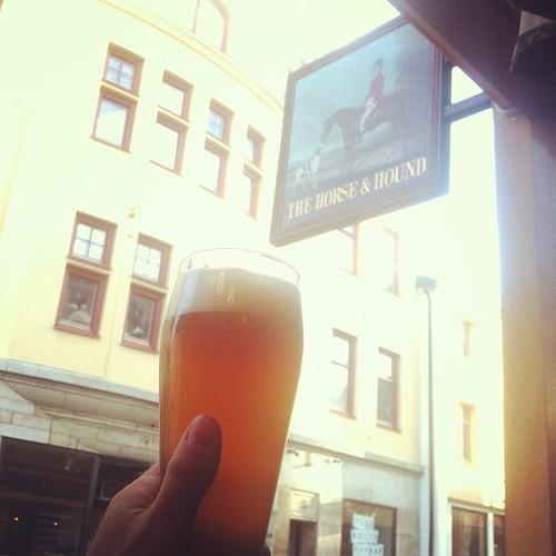 Skål för lillfredag! #lillfredag #beer #horseandhound #cheers #hängmed #öl