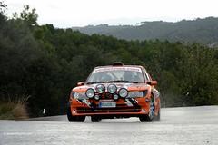12 Peugeot 205 Maxi - 2013 Rallye 2000 Viratges _2631e (antarc foto) Tags: auto en 3 wet rain race de nikon sara 2000 rss rally catalonia racing h rainy coche b2 catalunya 12 fondu nikkor asphalt jordi oliva slippery copa peugeot vr maxi rallye afs motorsport 205 dx 18105 cotxe automovilismo 2013 a ralli competici viratges taurons regularitat d7000 rallis 53