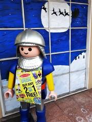 Pennsylvania | Sewickley (e r j k . a m e r j k a) Tags: shop toy pennsylvania guard storefront figure roadside allegheny whimsical sewickley i79pa upperohiovalley pa65 erjkprunczyk