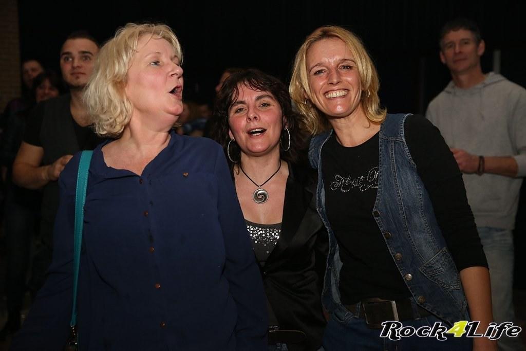 Tribute Rocknight        08-02-2014          U2 & Anouk (66)