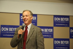 """Howard Dean Rally • <a style=""""font-size:0.8em;"""" href=""""http://www.flickr.com/photos/117301827@N08/14046795109/"""" target=""""_blank"""">View on Flickr</a>"""