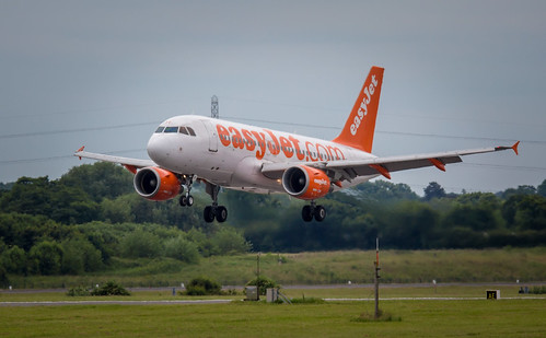 Easyjet A320 at Manchester Airport