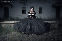 Sesin Sergio Hedrera (Pandora Beck) Tags: beauty rose couple negro gothic victorian corset beast cor rosered gtico cors