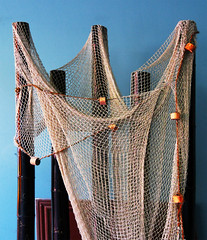 Fishing net (chrisk8800) Tags: indoor net fishingnet display decoration texture structure composition barcelona