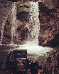 A caccia di angoli nascosti... Questo  da paura... #nikon #tamron #tamronlens #valtellina #sondrio #dapaura #autumn (Andrea Mottarella photographer) Tags: instagramapp square squareformat iphoneography uploaded:by=instagram rise
